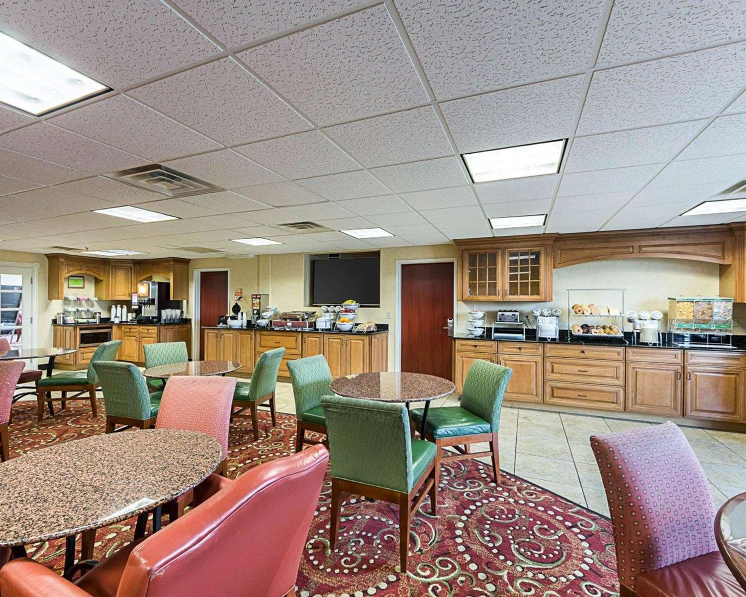 Restaurant - Comfort Suites Airport Wichita