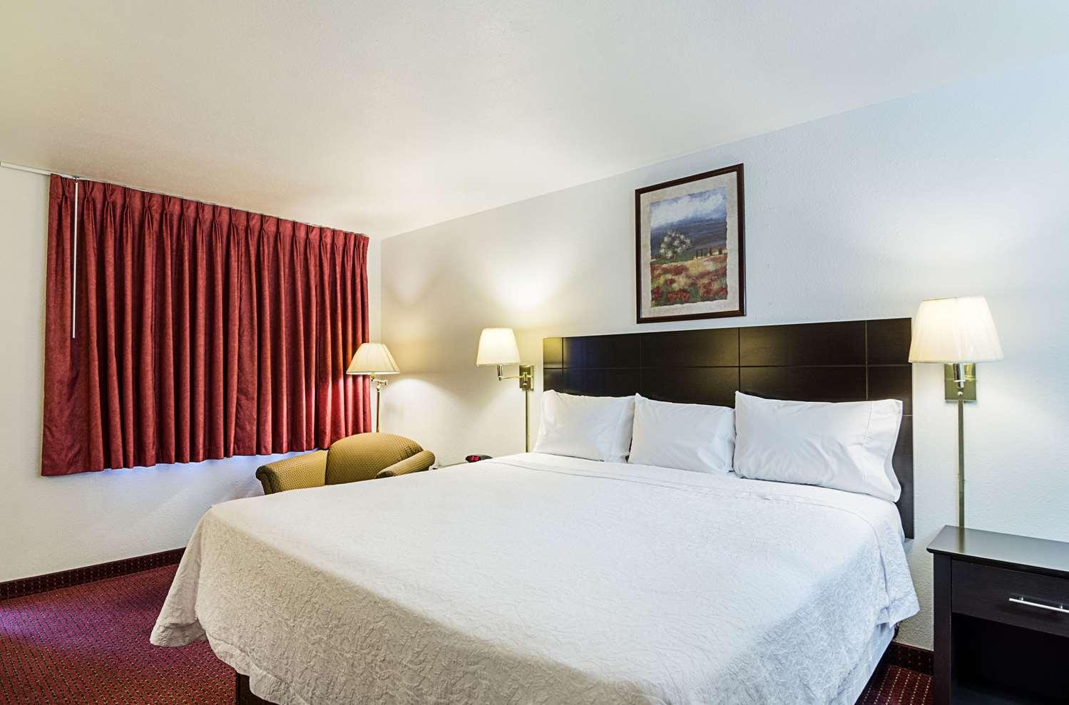 Room - Rodeway Inn Liberal