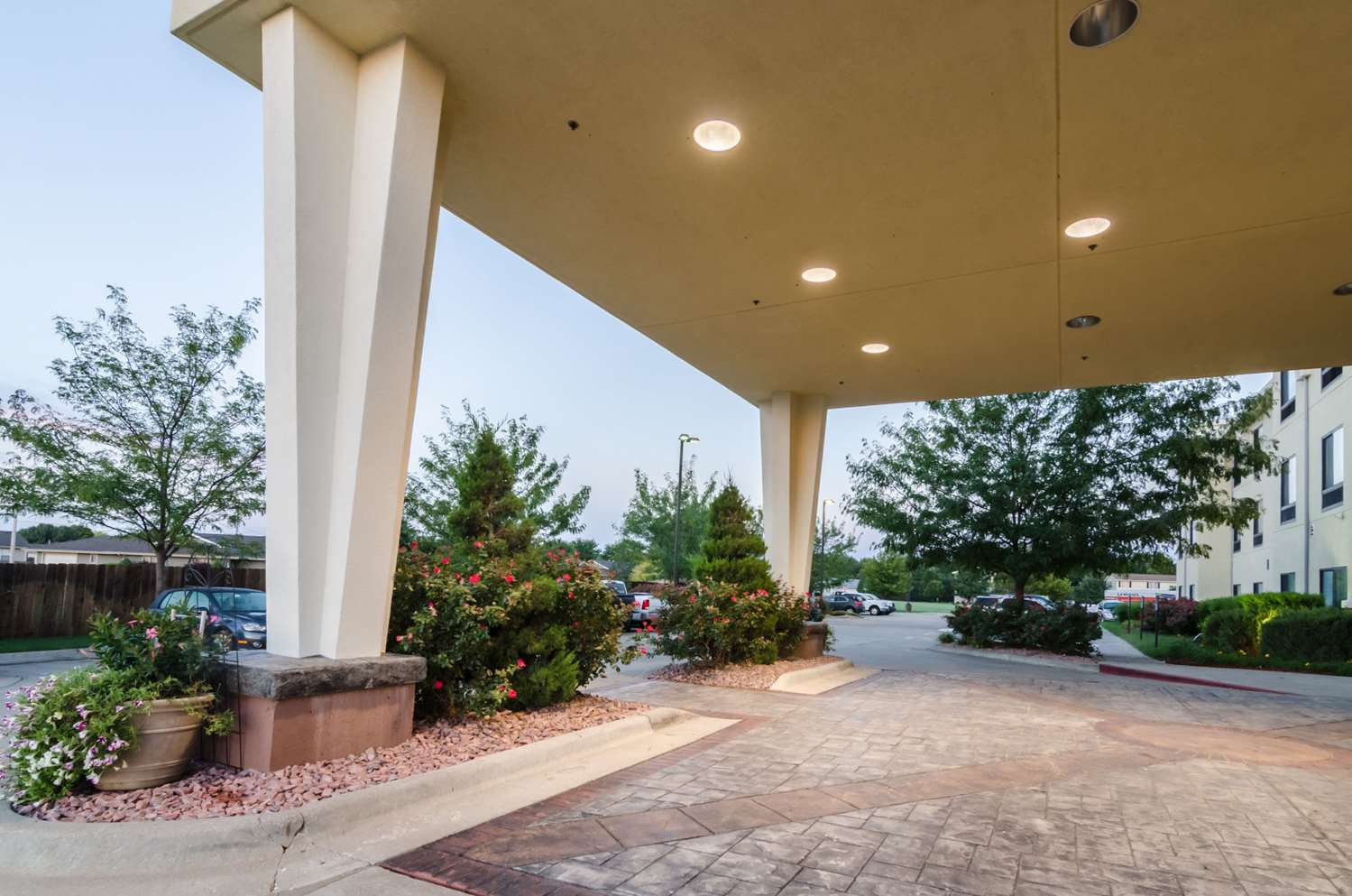Exterior view - Comfort Suites Salina