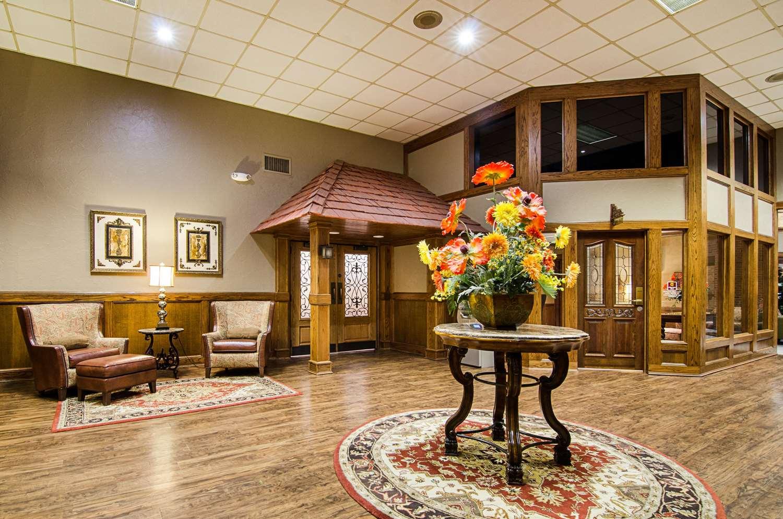 Lobby   Clarion Inn Garden City ...
