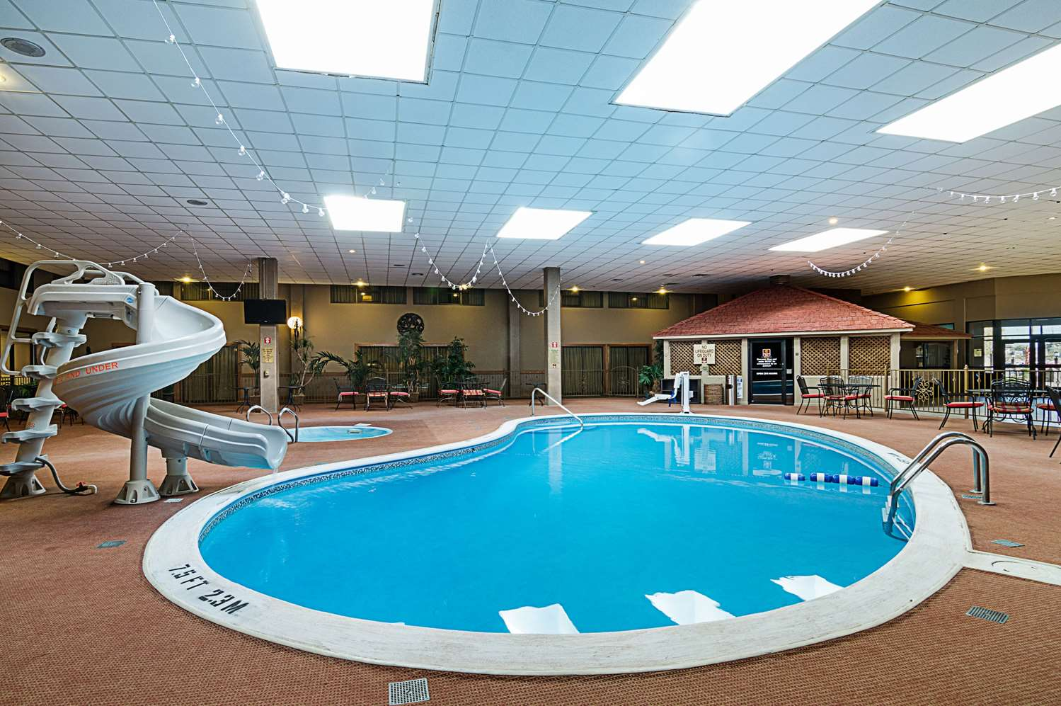 Pool - Clarion Inn Garden City
