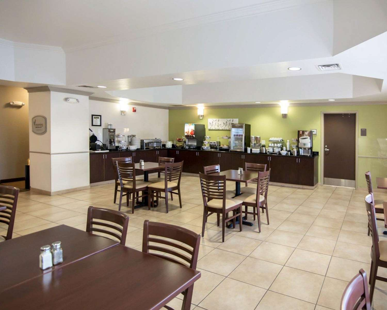 Restaurant - Sleep Inn & Suites Colby