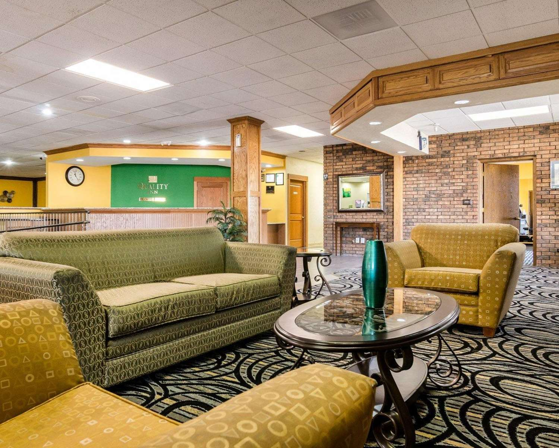 Lobby - Quality Inn Liberal