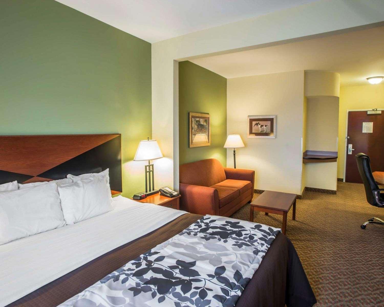 Suite - Sleep Inn & Suites Oakley