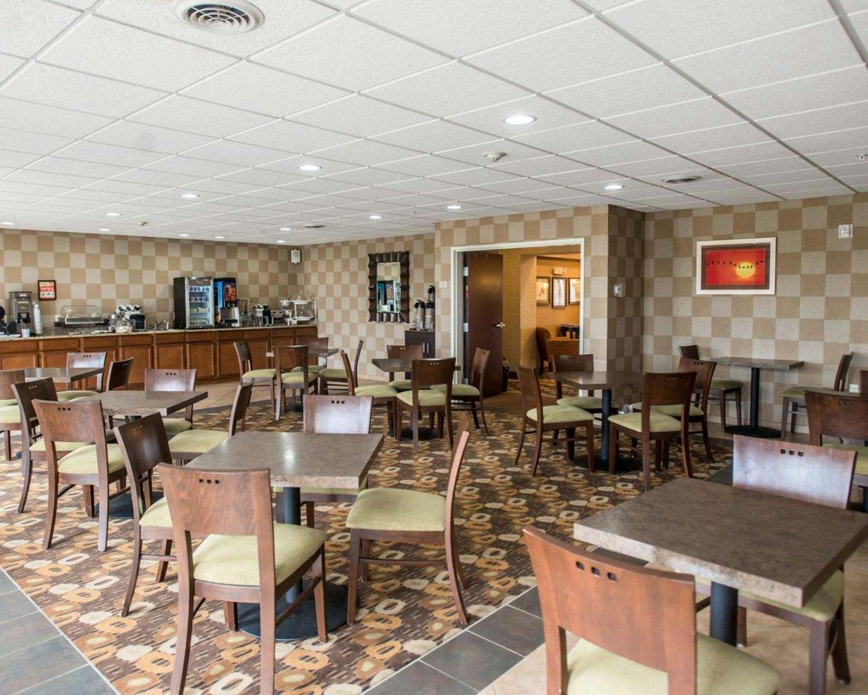 Restaurant - Sleep Inn & Suites Oakley