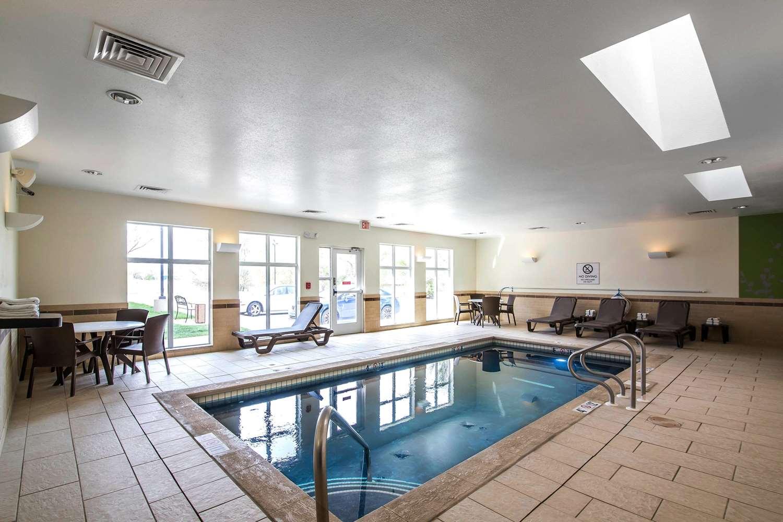 Pool - Sleep Inn & Suites Haysville