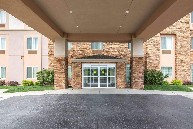 Exterior view - Sleep Inn & Suites Haysville