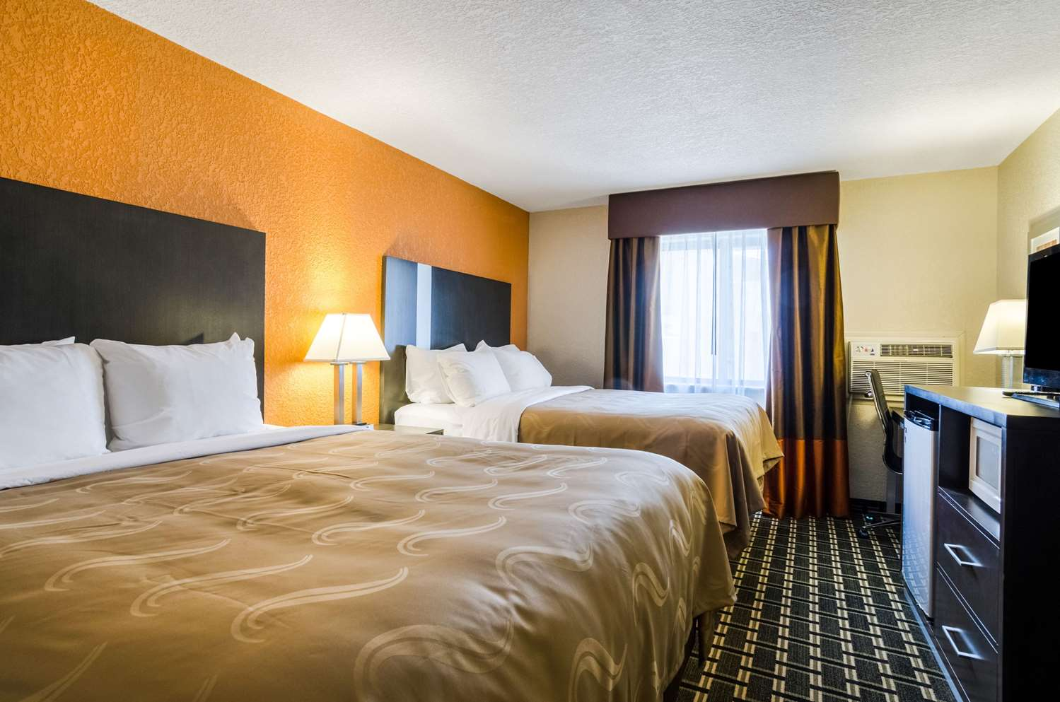 Room - Quality Inn Great Bend