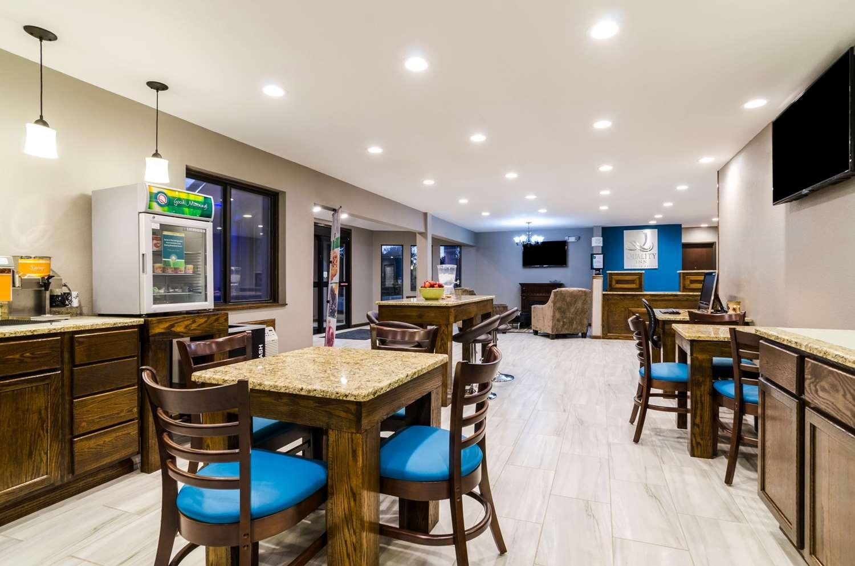 Restaurant - Quality Inn Great Bend