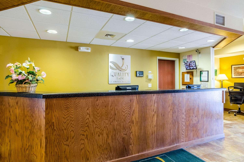Lobby - Quality Inn & Suites Park City