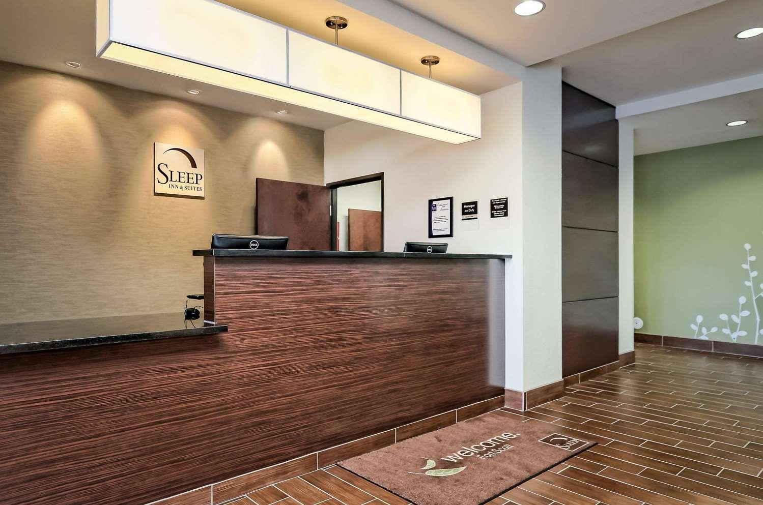 Lobby - Sleep Inn & Suites Fort Scott