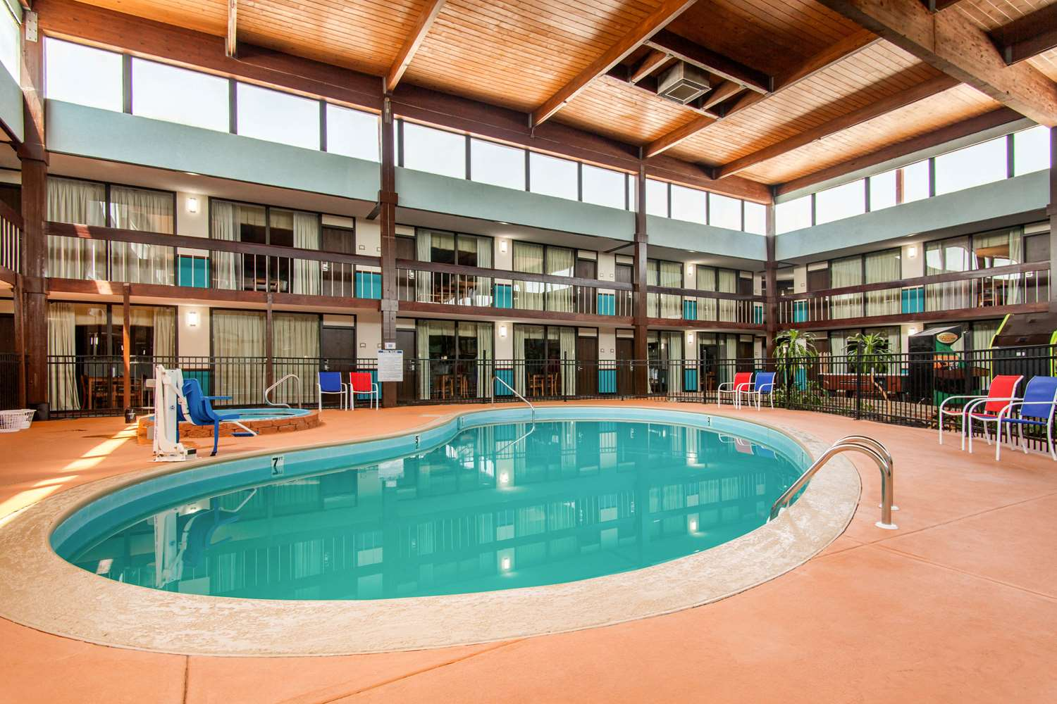 Pool - Quality Inn Arkansas City