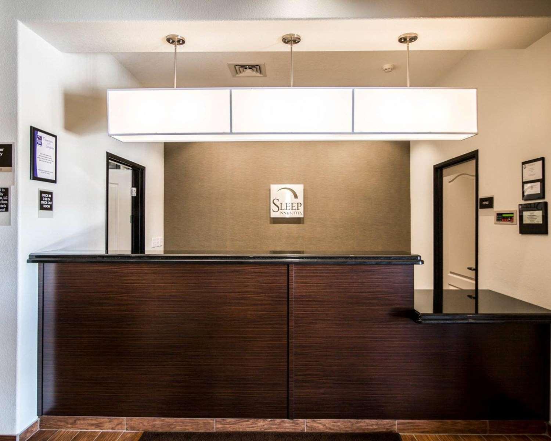 Sleep Inn & Suites Garden City, KS - See Discounts