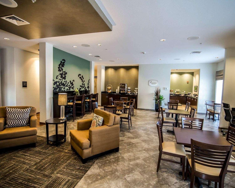 Lobby - Sleep Inn & Suites Garden City