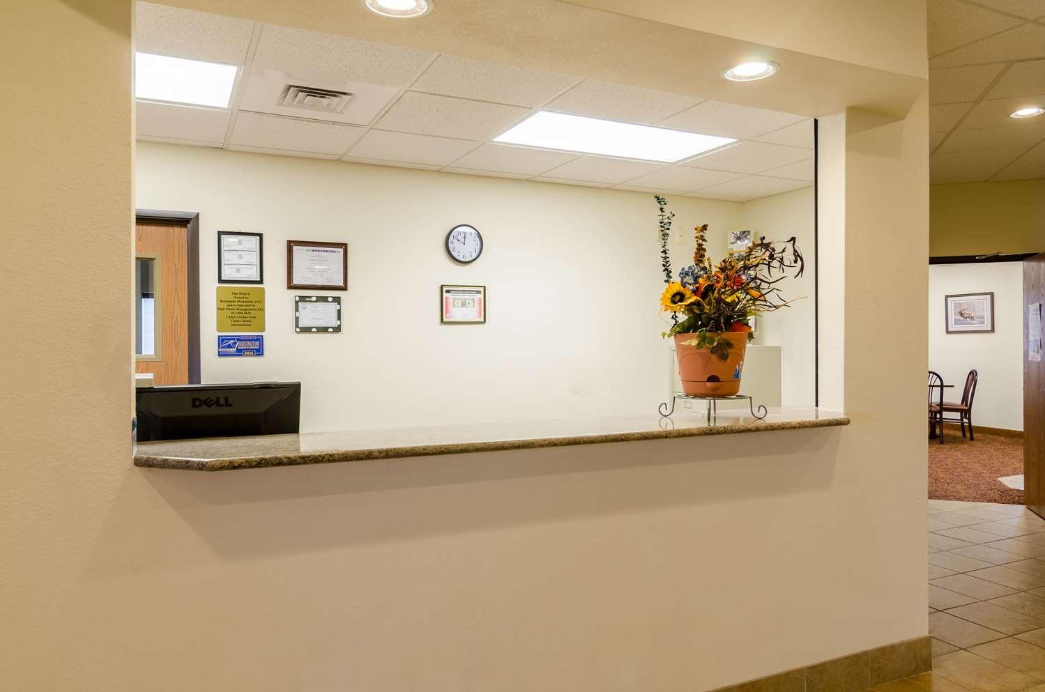 Lobby - Rodeway Inn & Suites Hoisington