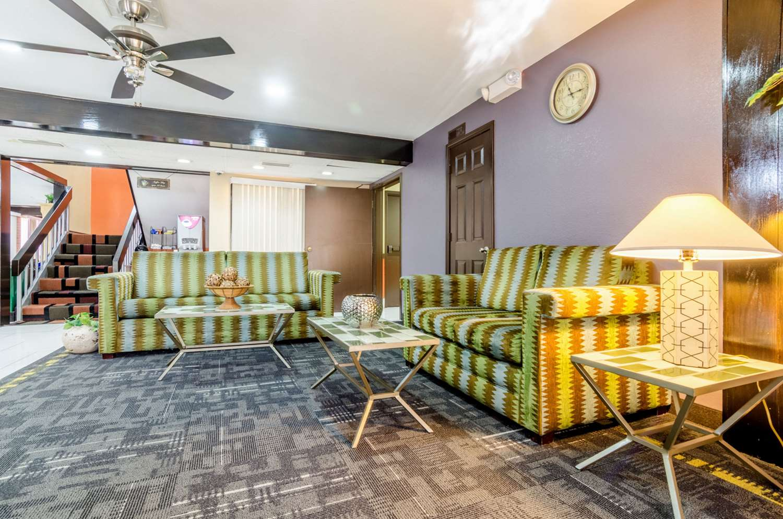 Lobby - Quality Inn South Wichita