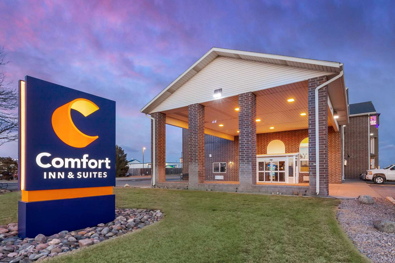 Exterior view - Comfort Inn & Suites Hays