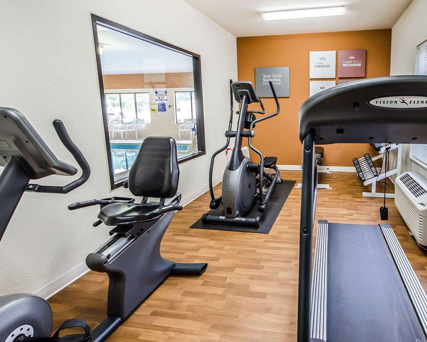 Fitness/ Exercise Room - Comfort Suites Prestonsburg