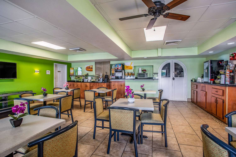 Restaurant - Quality Inn Bowling Green