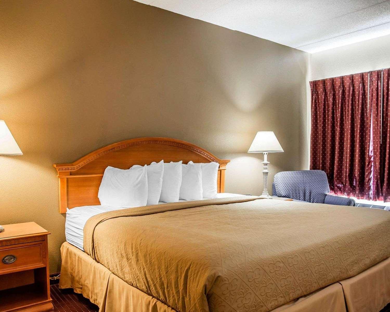 Suite - Quality Inn & Suites Erlanger