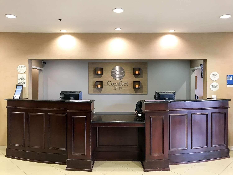 Lobby - Comfort Inn Shively