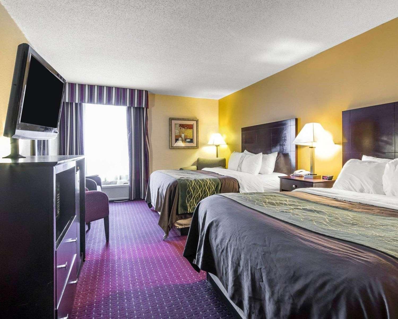 Room - Quality Inn Dry Ridge