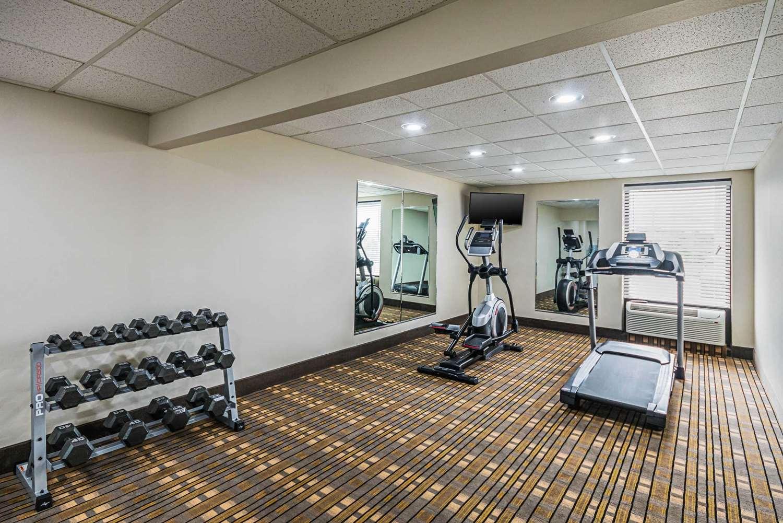 Fitness/ Exercise Room - Quality Inn Berea