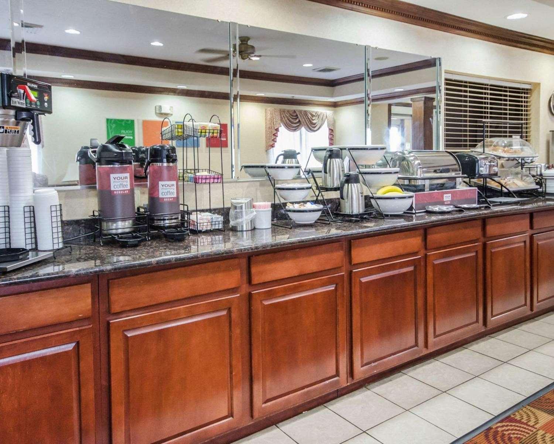 Restaurant - Comfort Inn Henderson