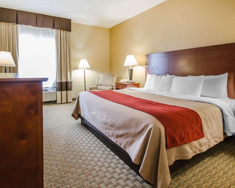 Room - Comfort Inn Henderson