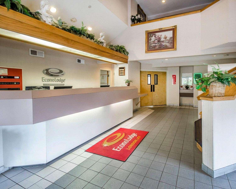 Lobby - Econo Lodge London