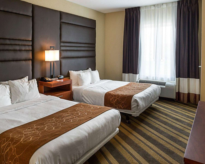 Suite - Comfort Suites Gonzales