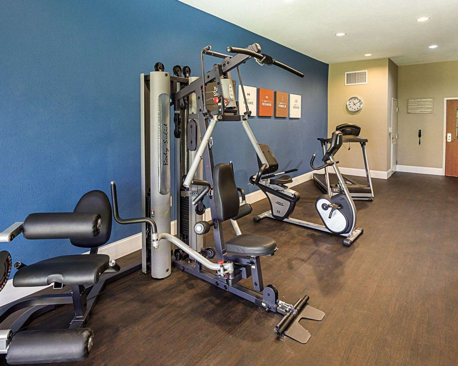 Fitness/ Exercise Room - Comfort Suites Gonzales