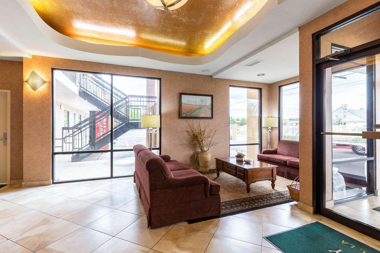 Lobby - Quality Inn Alexandria