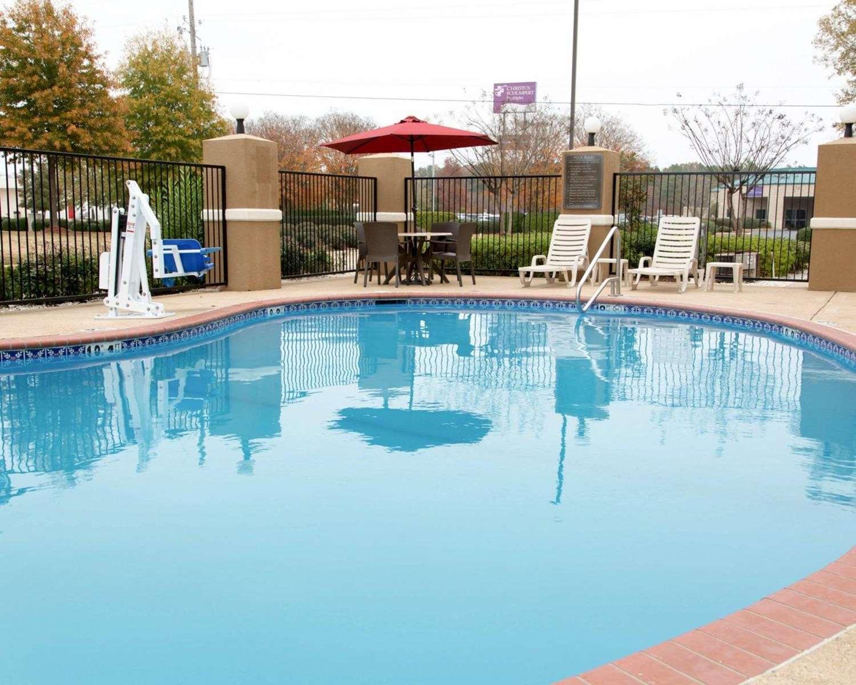 Pool - Comfort Inn Shreveport