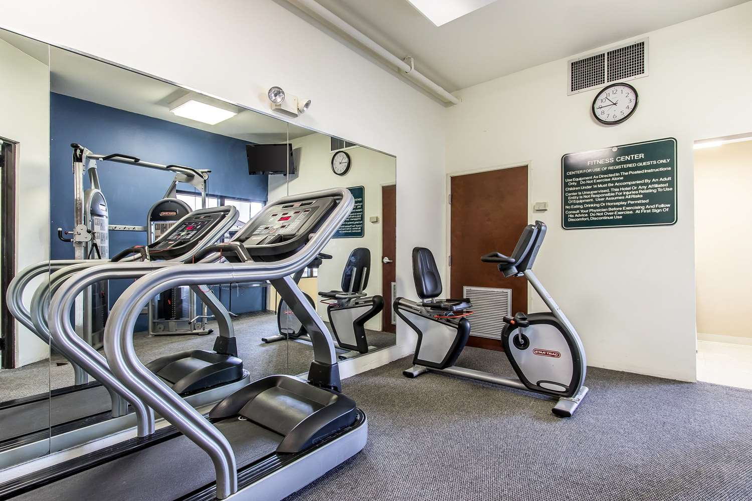 Fitness/ Exercise Room - Quality Suites New Iberia