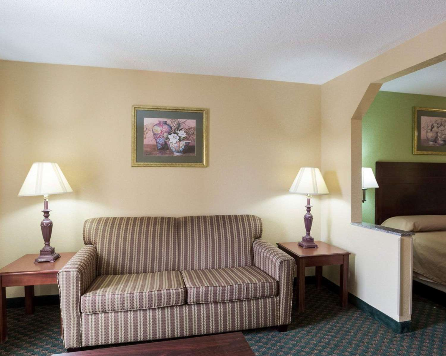 Suite - Econo Lodge New Orleans