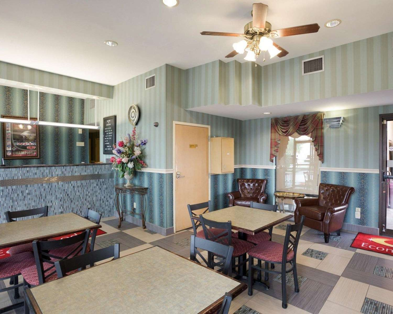 Restaurant - Econo Lodge New Orleans