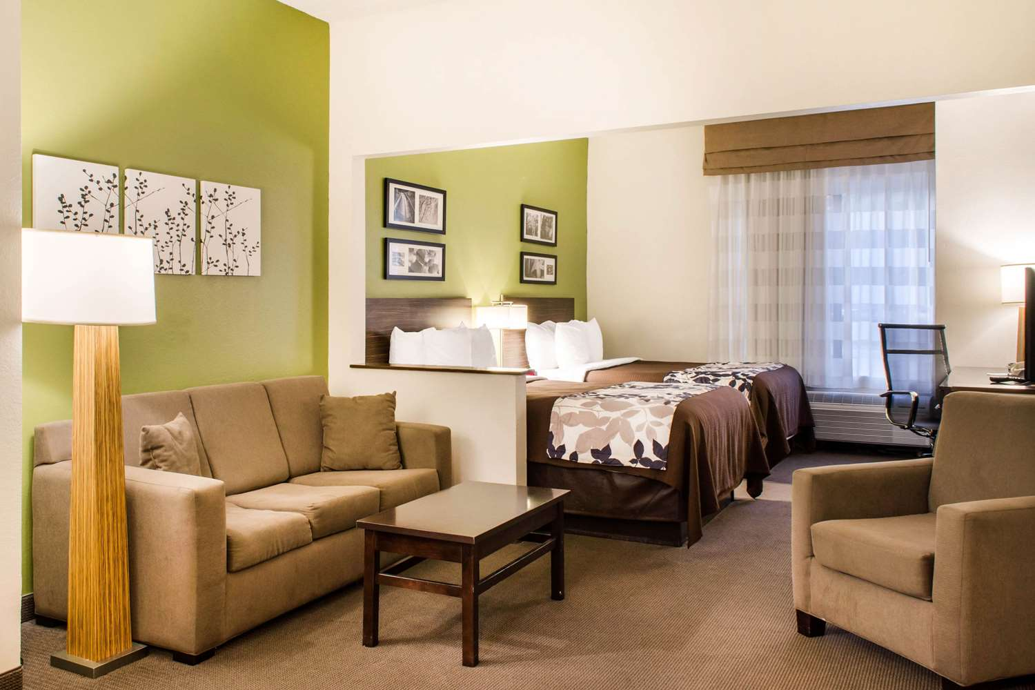 Room - Sleep Inn & Suites Metairie