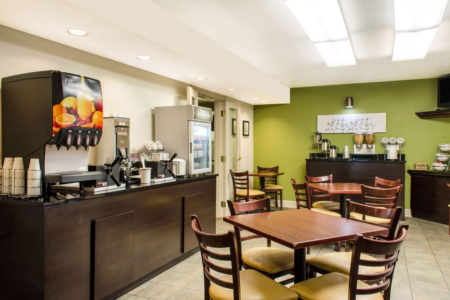Restaurant - Sleep Inn & Suites Metairie