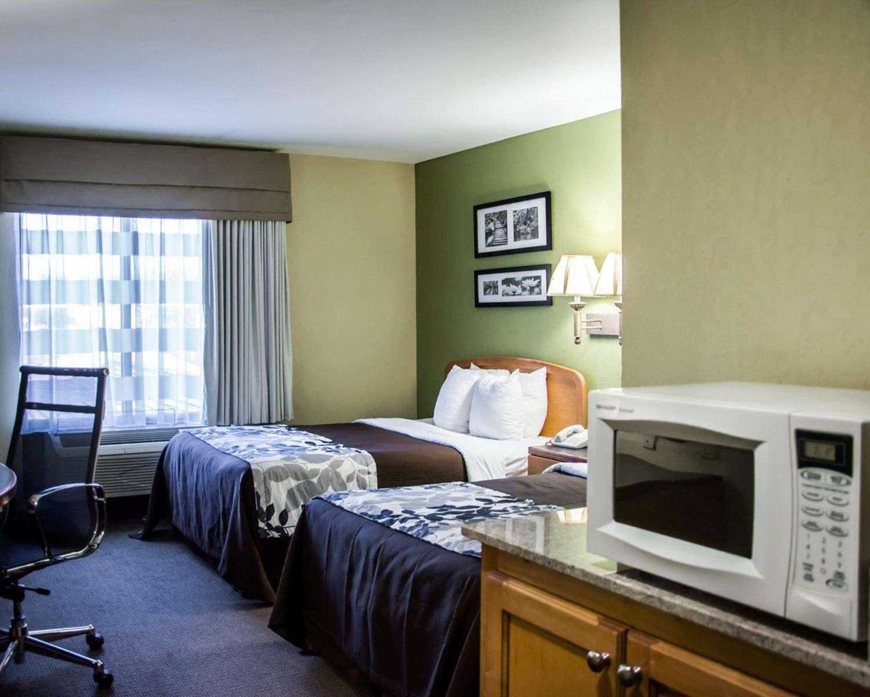 Room - Sleep Inn & Suites Pineville