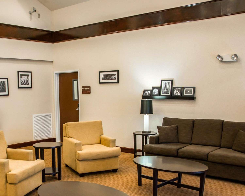 Lobby - Sleep Inn & Suites Pineville