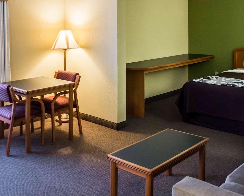 Suite - Sleep Inn & Suites Pineville