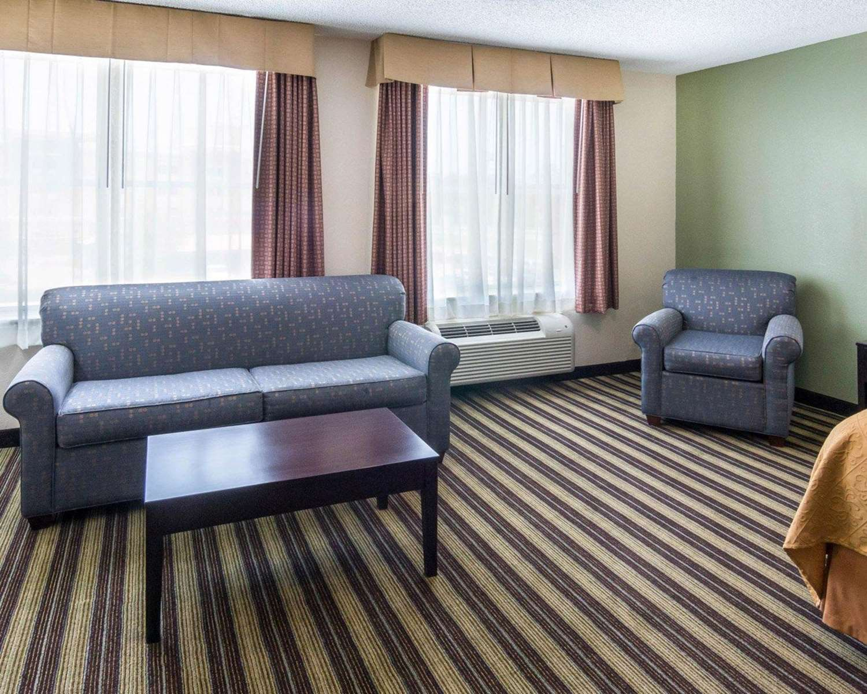 Suite - Quality Inn & Suites West Monroe