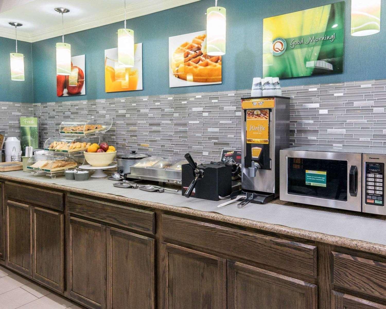 Restaurant - Quality Inn & Suites West Monroe