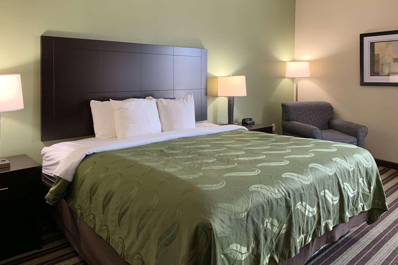 Room - Quality Inn & Suites West Monroe