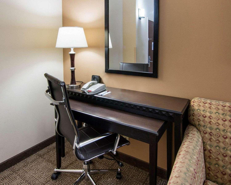 Room - Comfort Suites Shreveport