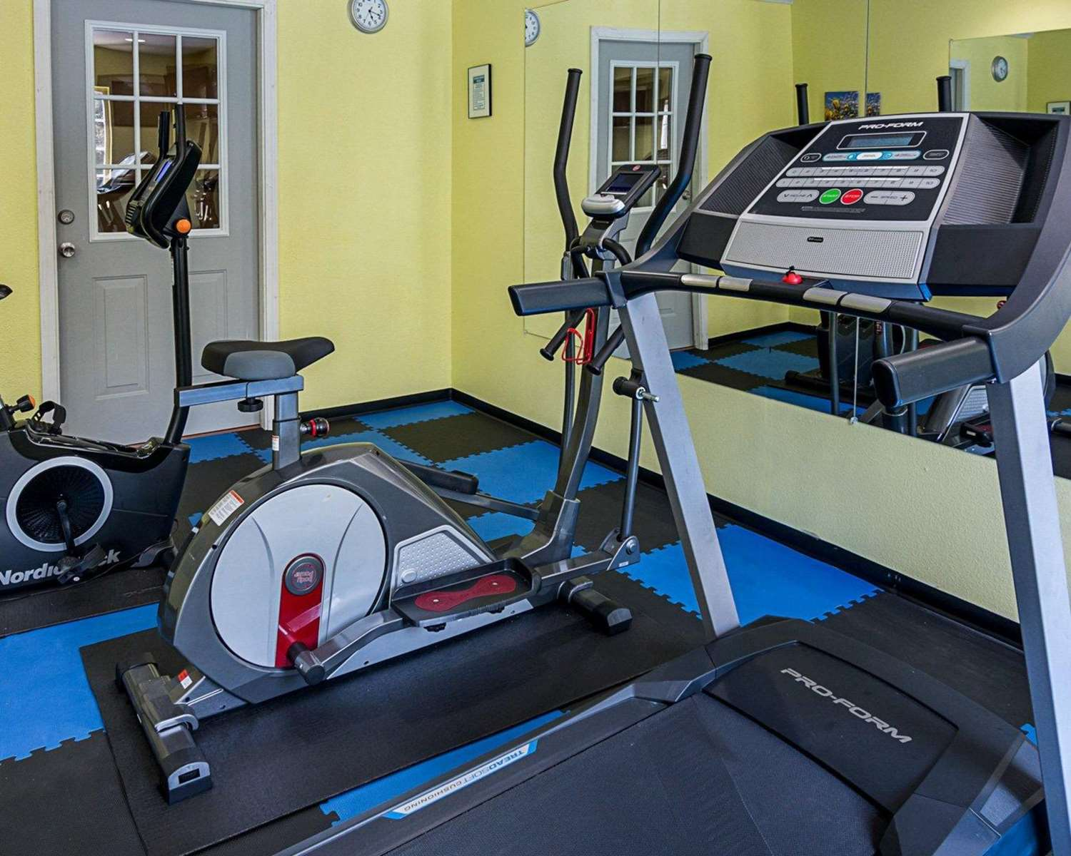Fitness/ Exercise Room - Econo Lodge Natchitoches