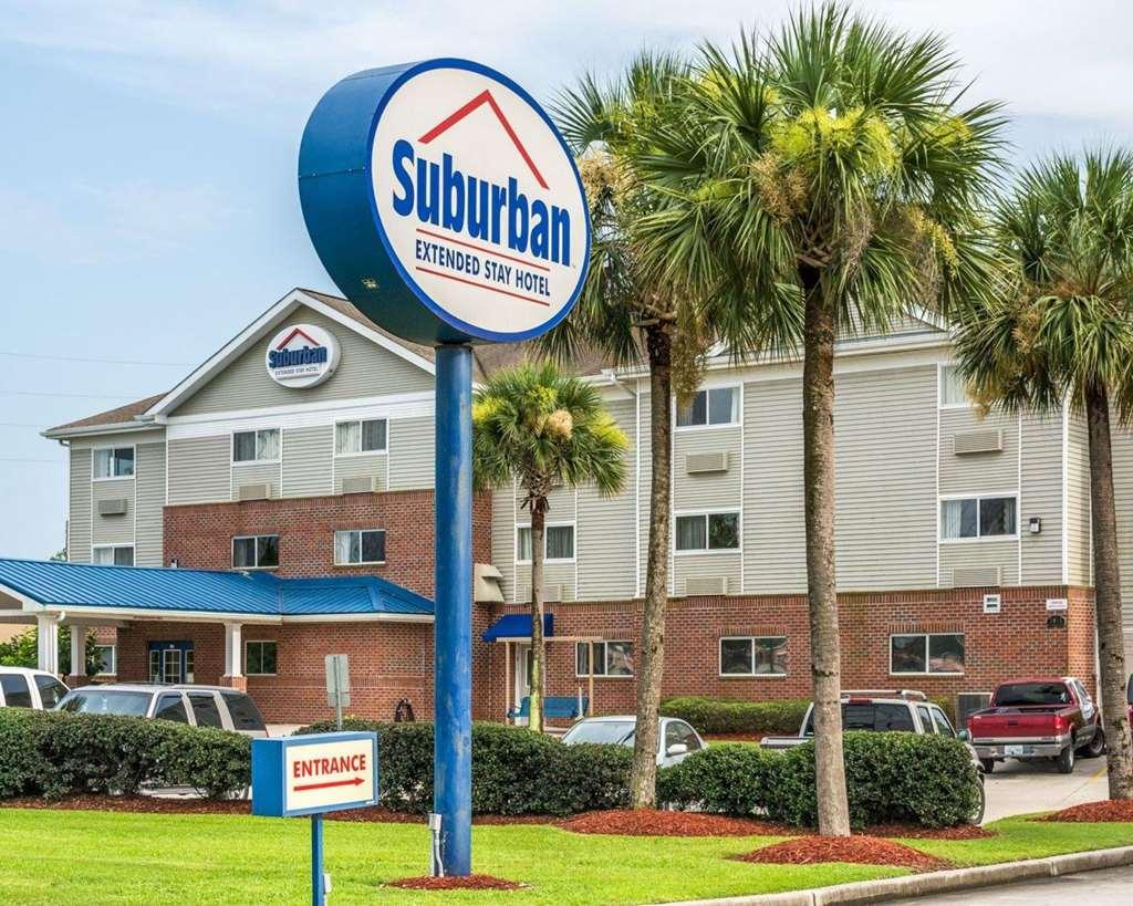 Suburban Extended Stay Hotel in Avondale, LA