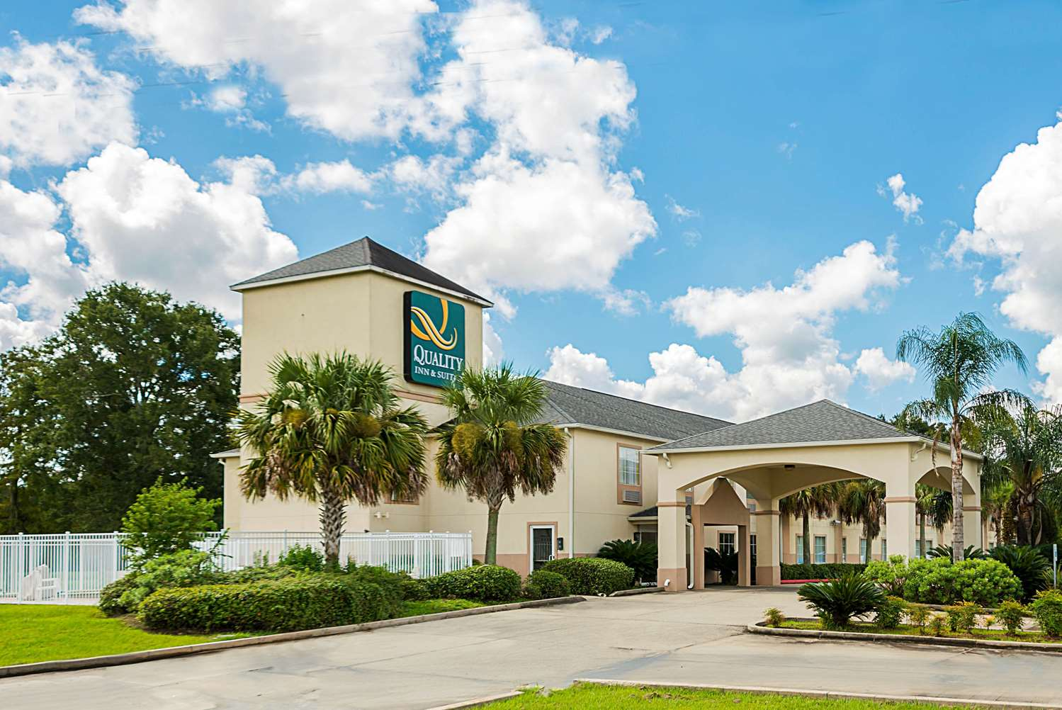 Exterior view - Quality Inn & Suites Franklin