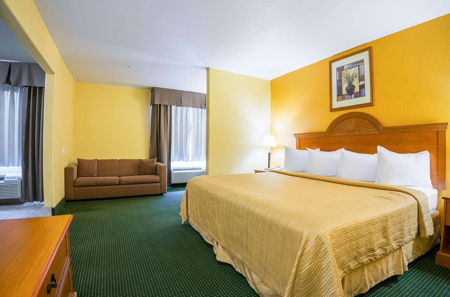 Suite - Quality Inn & Suites Franklin